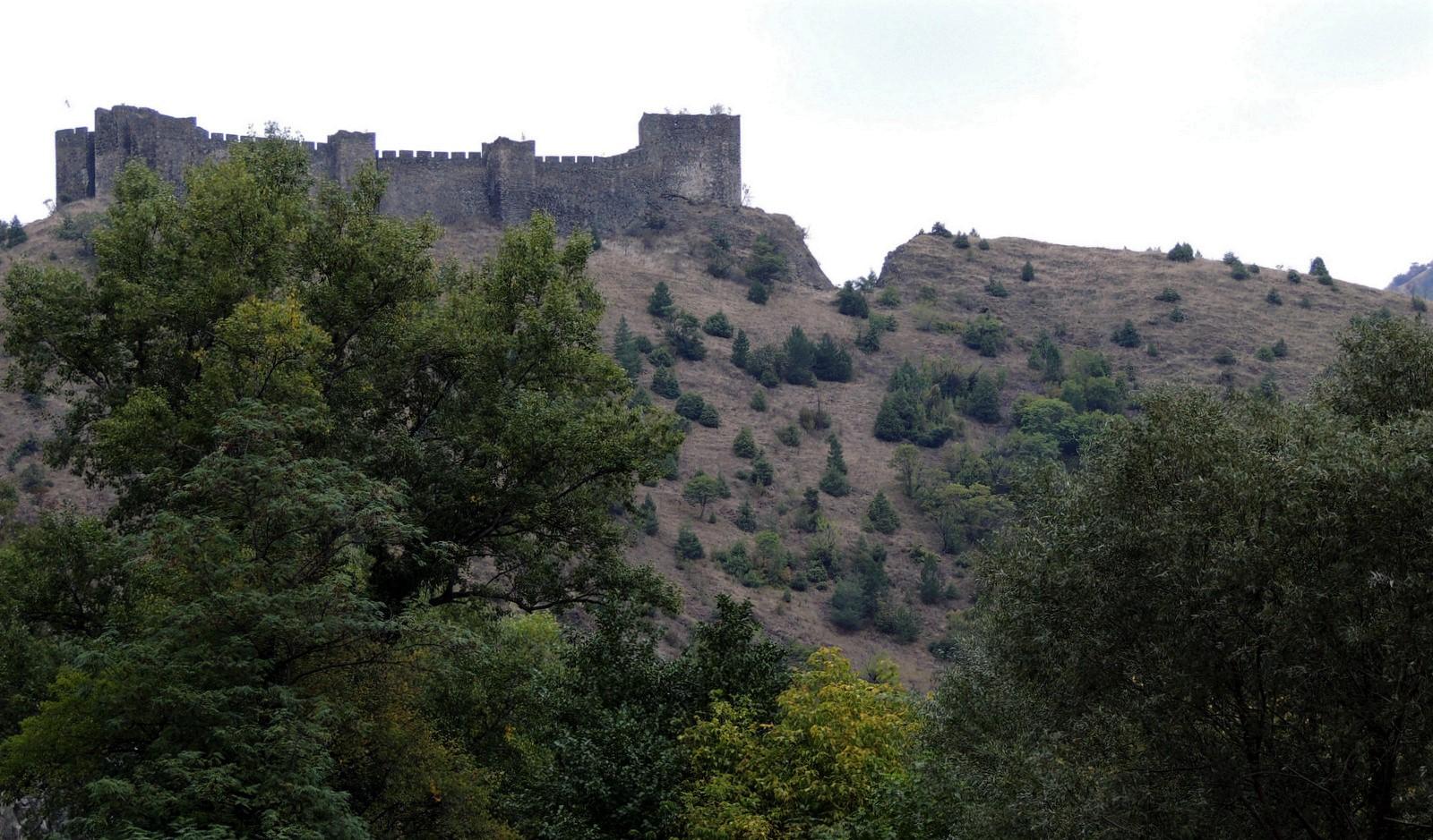 Burg Maglic - Serbien - Kosovo und Montenegro - in den Schluchten des Balkan