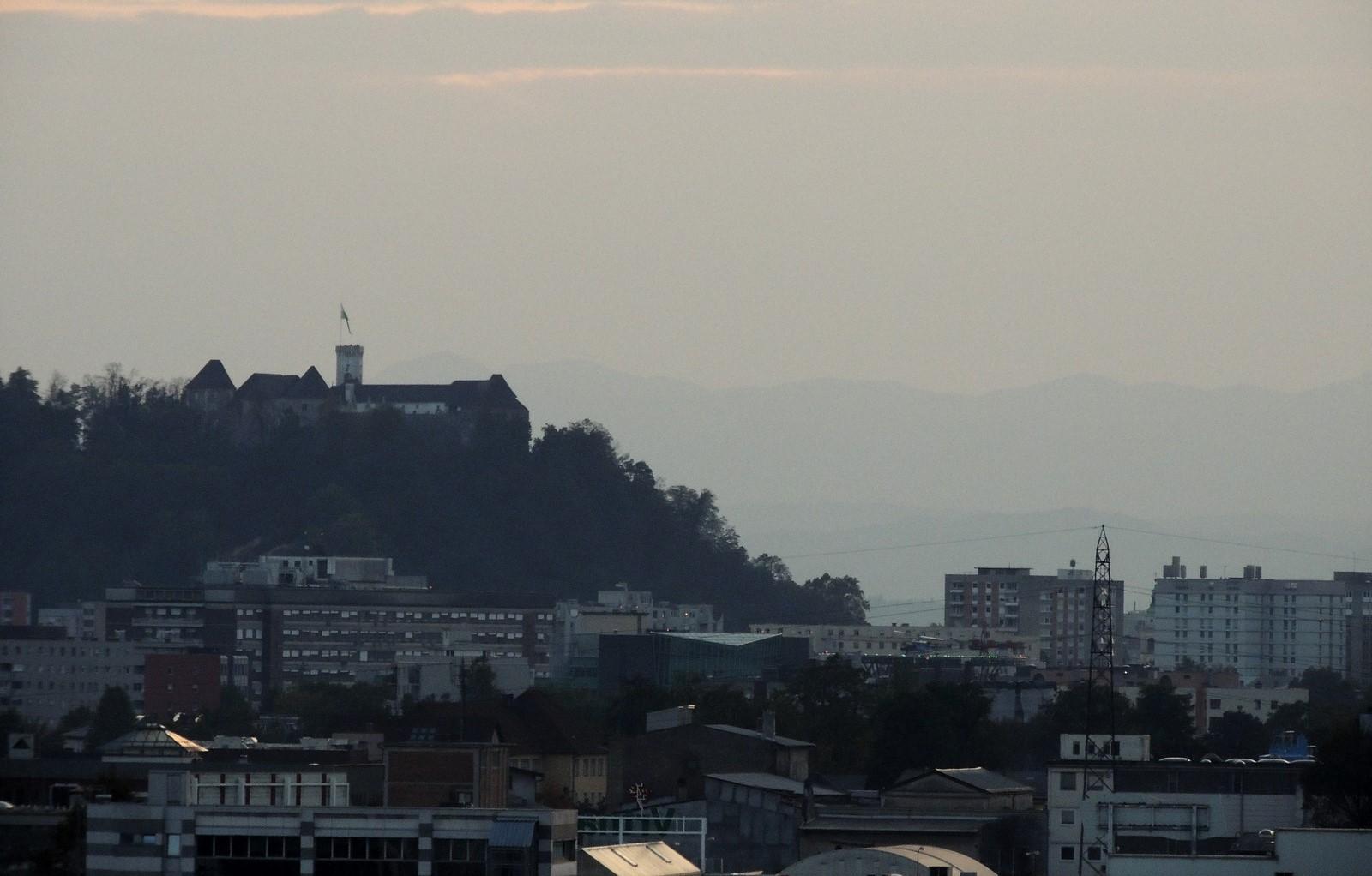 Entlang des Autoput - die Burg von Laibach