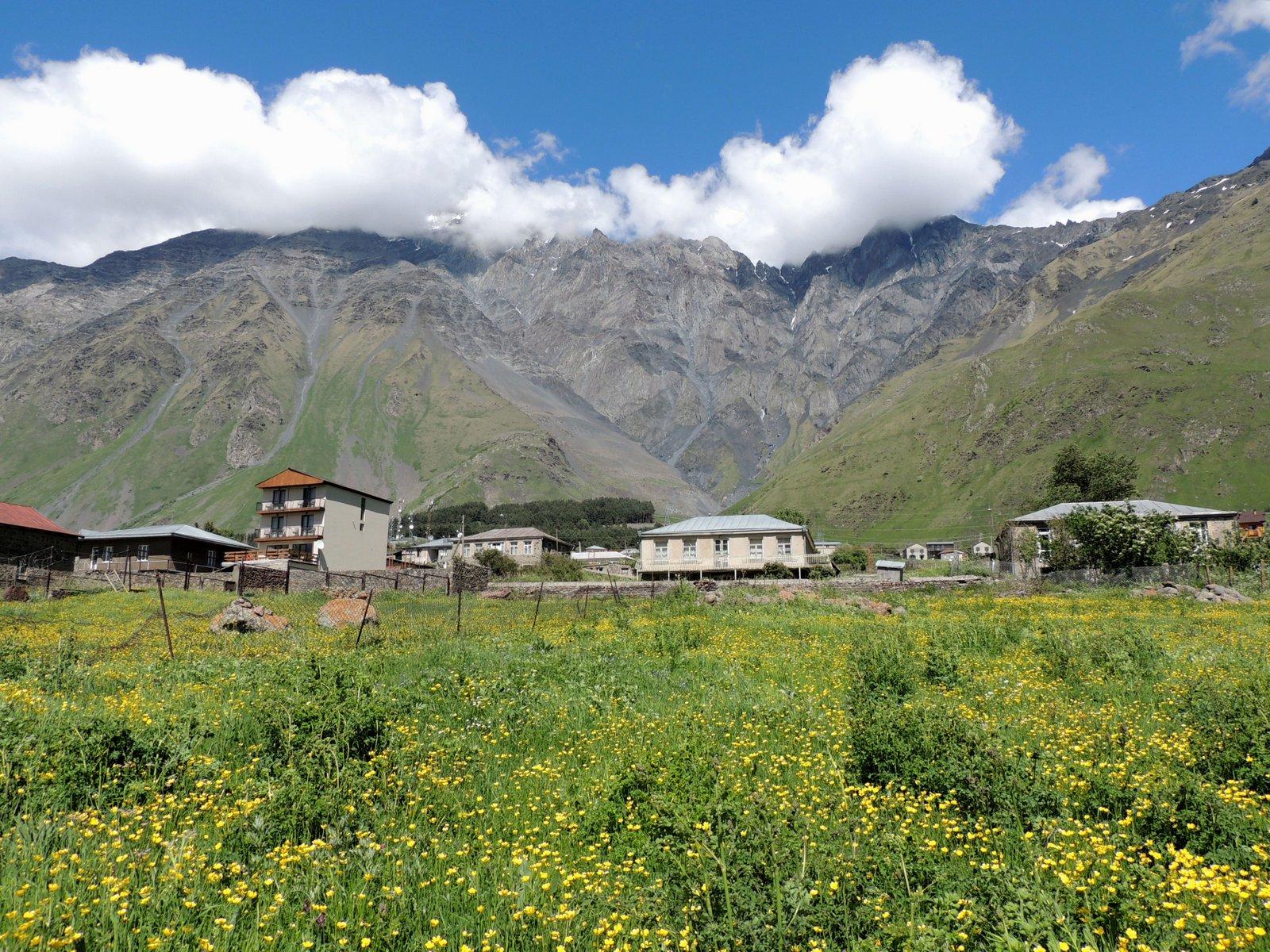 Stepanzminda im Kaukasus