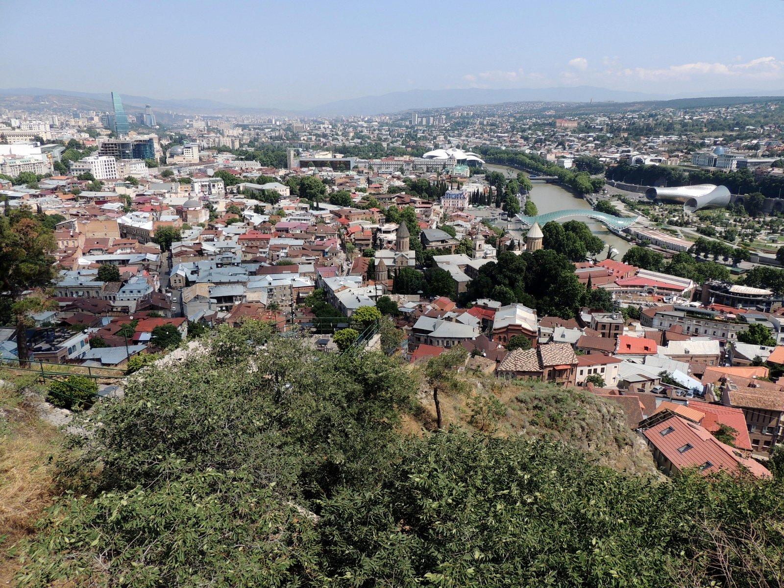Ausblick von der Narikala-Festung auf Tiflis
