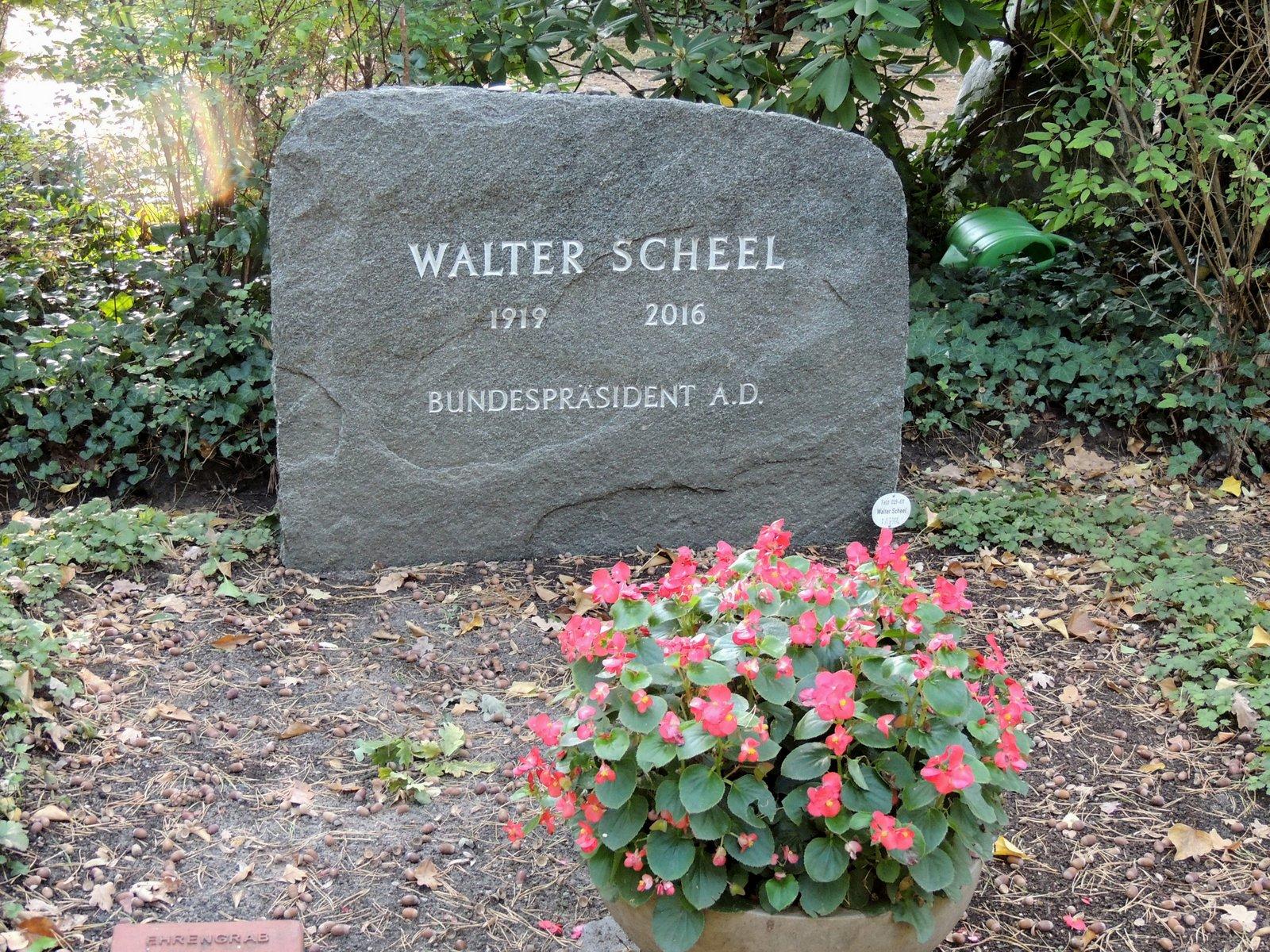 Waldfriedhof Zehlendorf - Walter Scheel