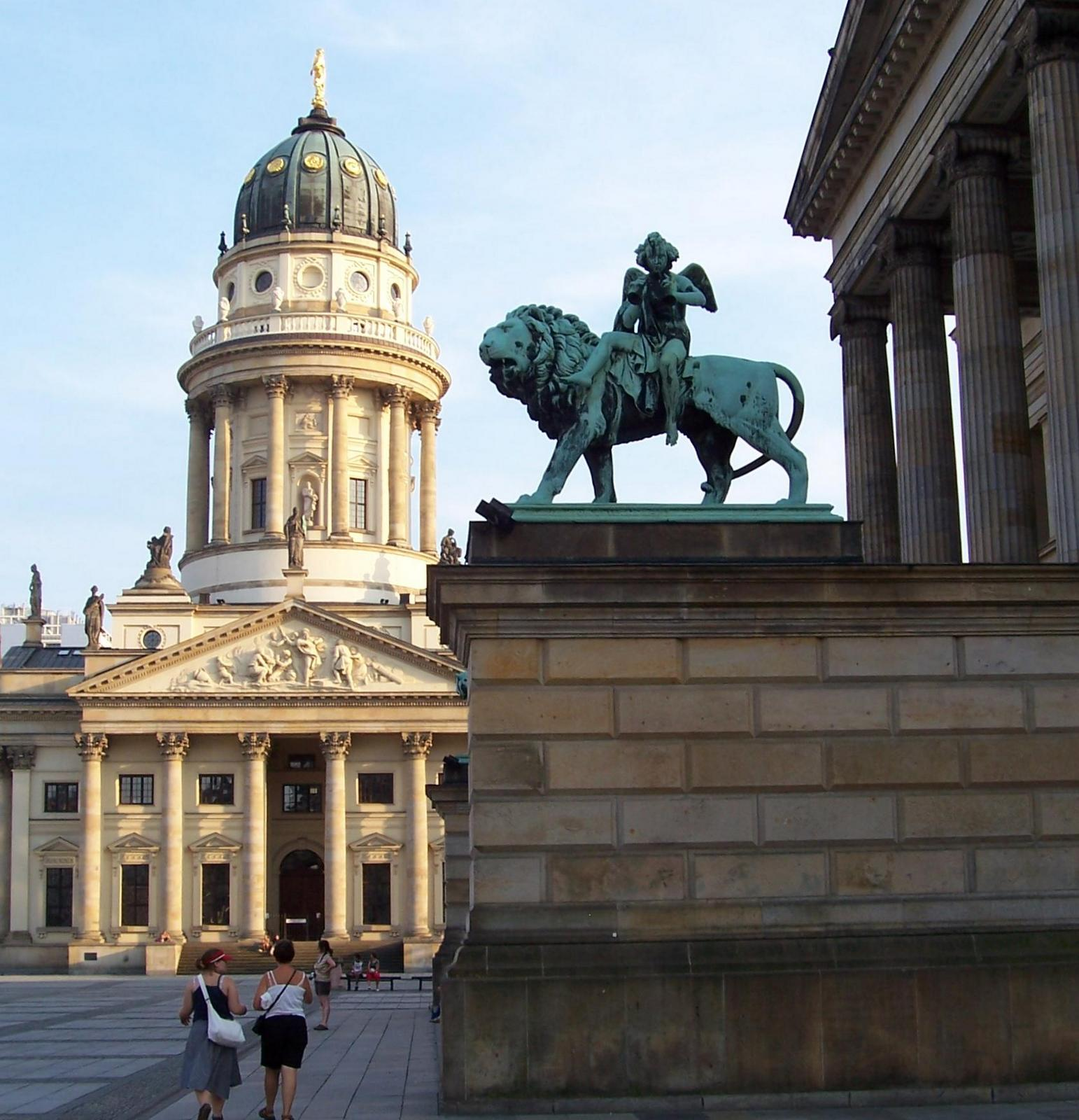 Am Gendarmenmarkt Berlin