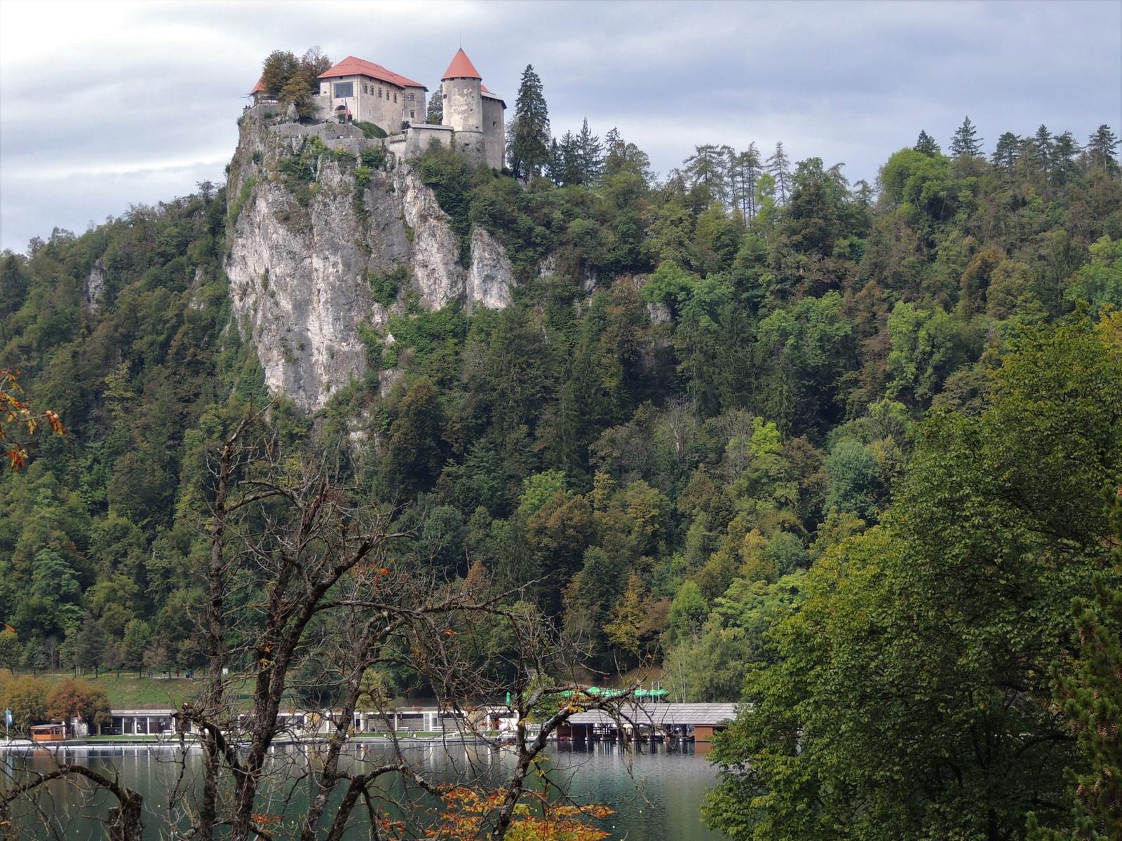 Bleder See mit Burg