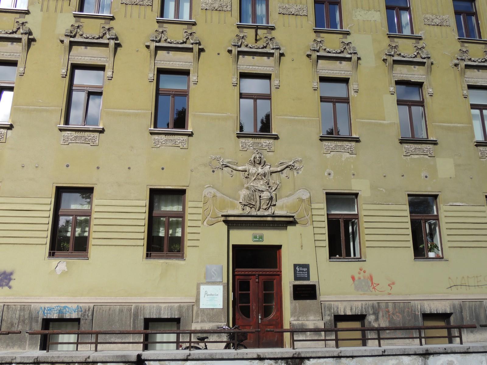 Ljubljana - Pogačnik-Haus