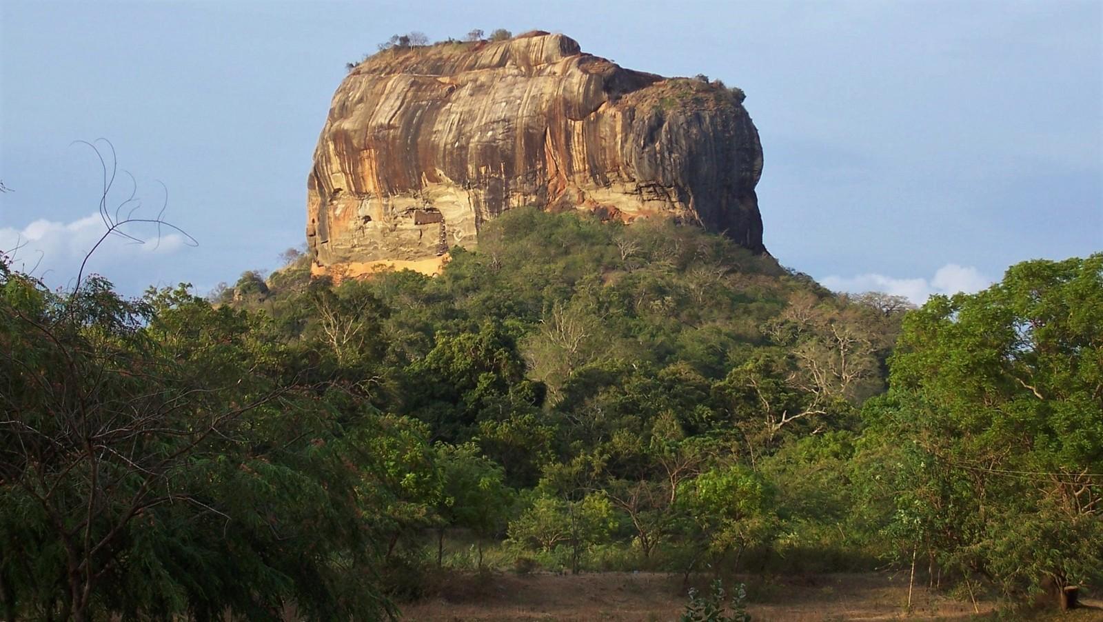 Felsen von Sigiriya - Ceylon