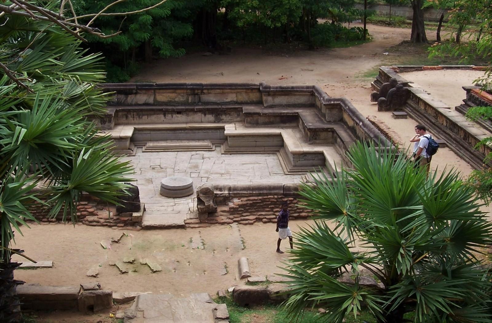 Prinzenbad - Königsstadt Polonnaruwa - Ceylon