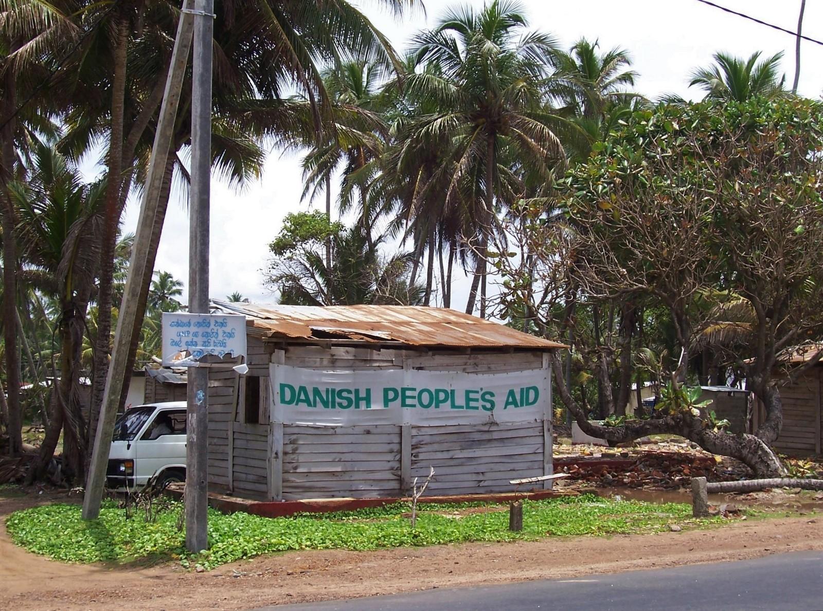 Danish People`s Aid nach dem Tsunami auf Ceylon