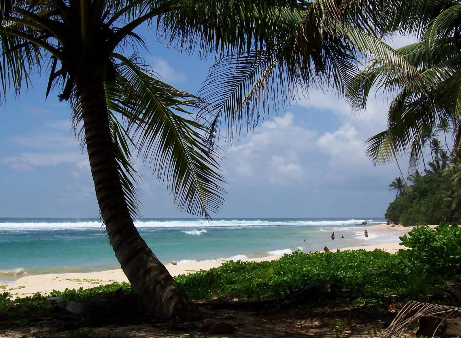 Küste bei Ambalonga