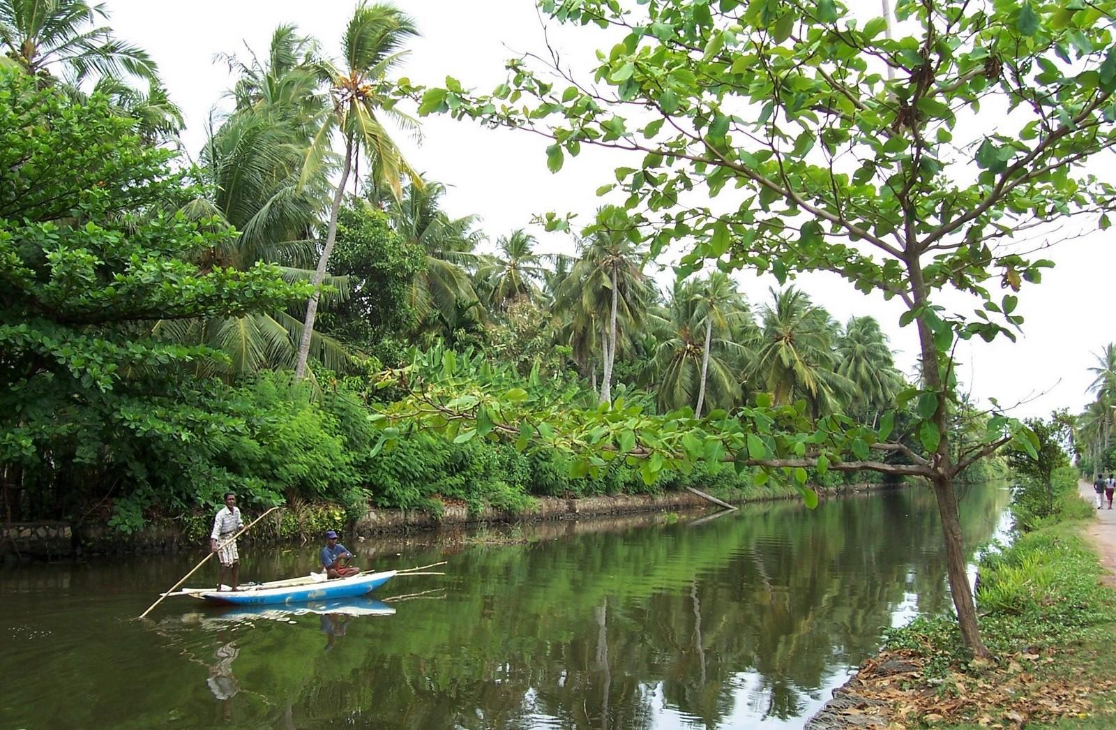 Dutch Canal bei Pamunugama