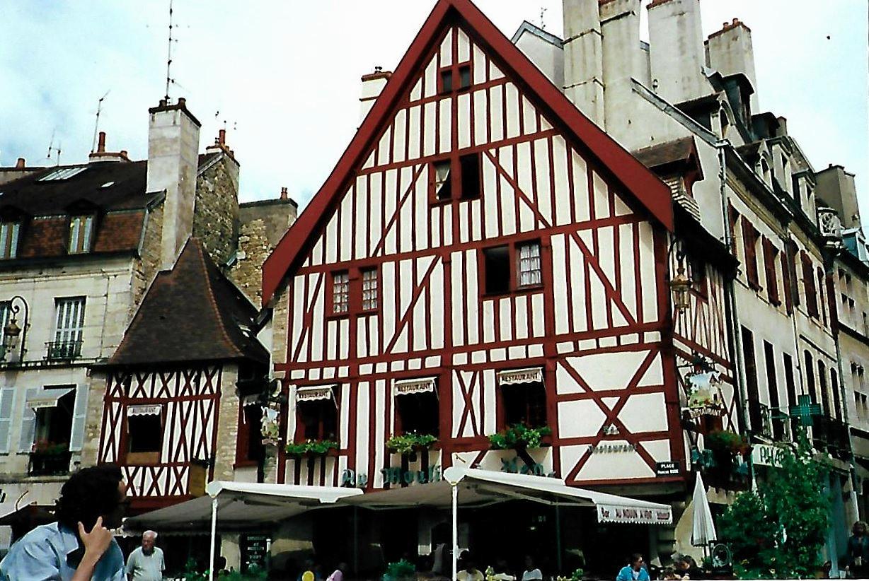 Place Francois Rude - Dijon - Burgund