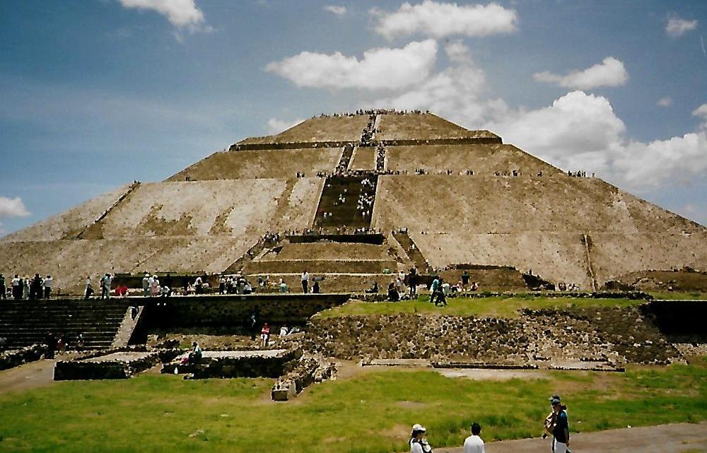 Sonnenpyramide Teotihuacan in Mexiko