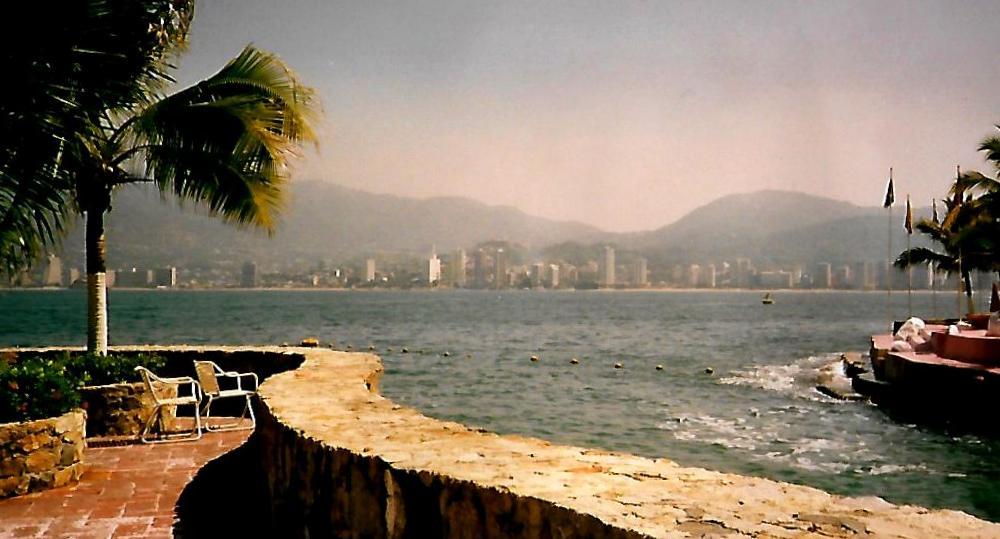 Guitarrón Beach in Acapulco - Mexiko