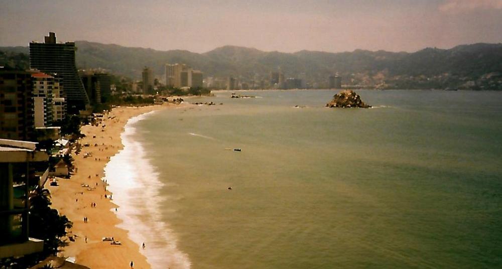 Playa Hornos in Acapulco - Mexiko